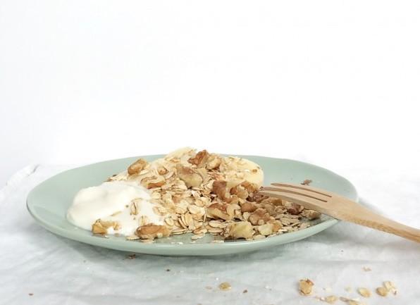 yoghurt havermout noten ontbijt
