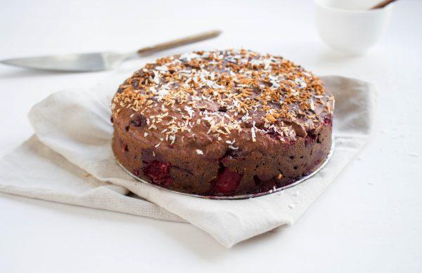 Gezonde Chocoladetaart met rood fruit
