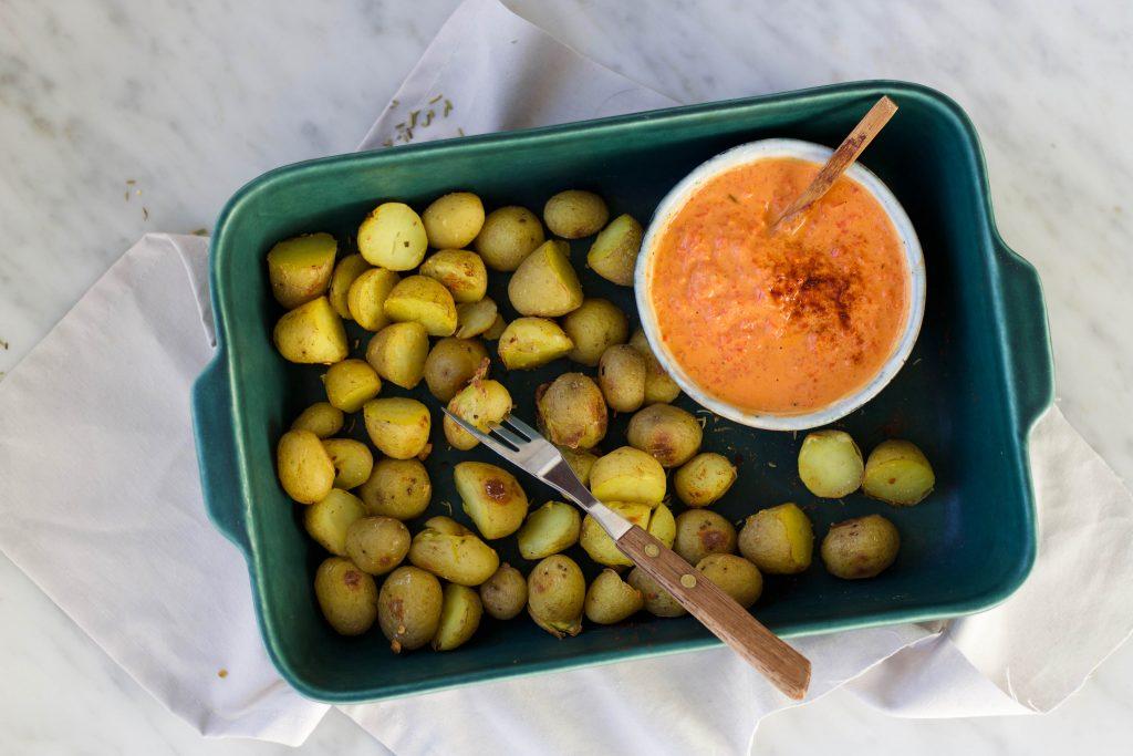 pittige aardappeltjes met schil uit de oven