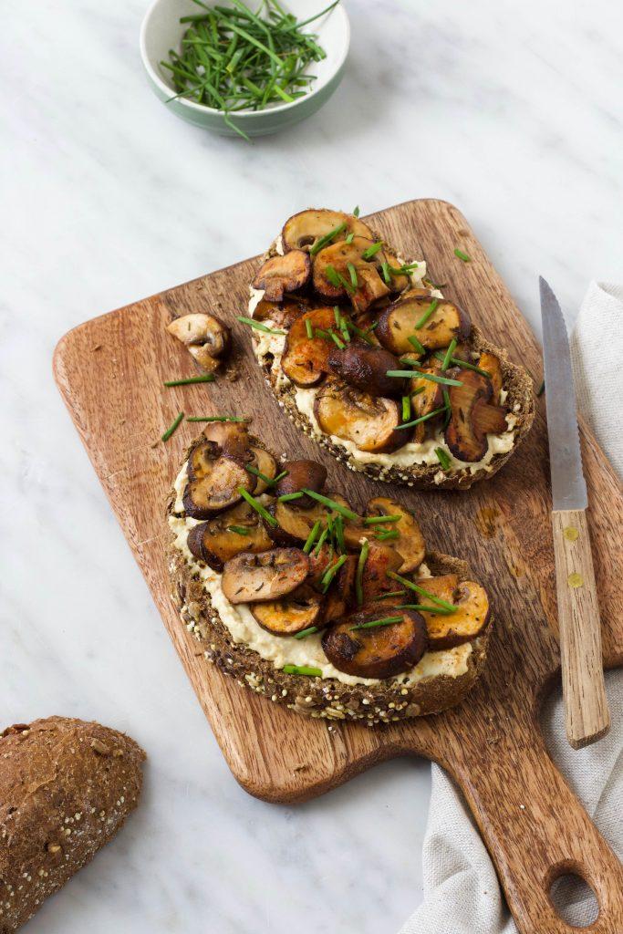Toast met champignons
