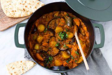 Vegetarische/vegan stoof aardappel, groenten, linzen