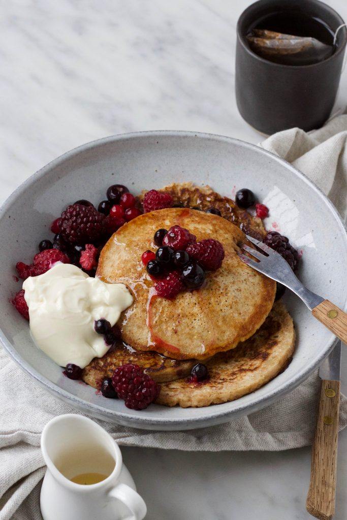 vegan pancakes fruit