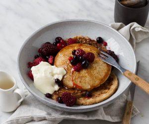 vegan pancakes fruit