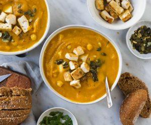 zoete aardappel-wortel soep